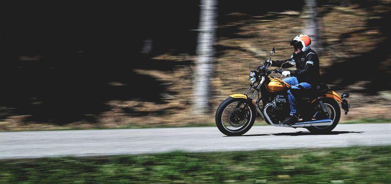 Header Homolka Moto Guzzi V9 Roamer.jpg