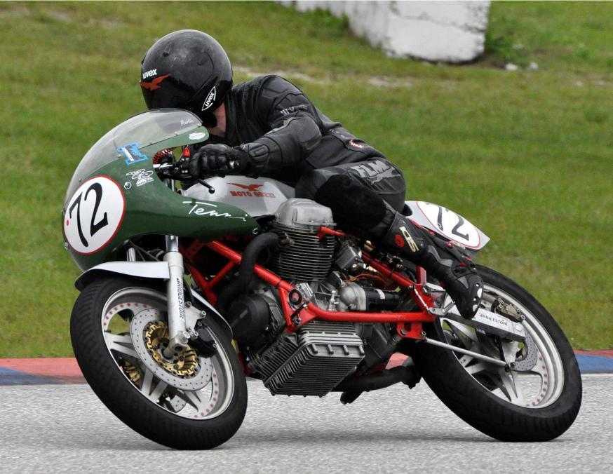 Moto-Guzzi-V7-Sport-Racer-Front-Left.jpg