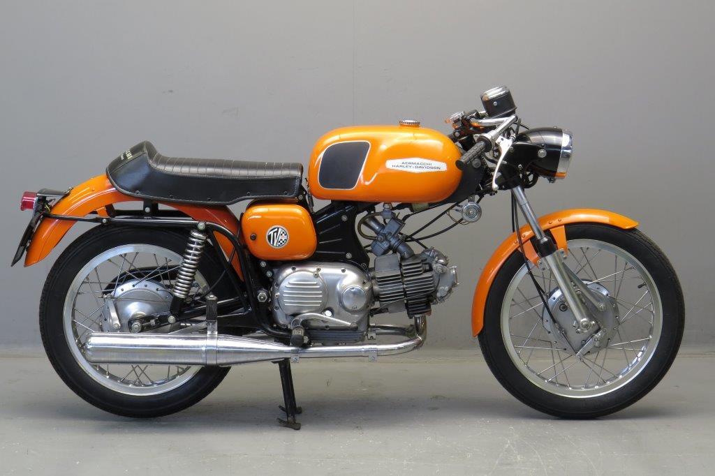 Aermacchi-1971-VT350-190131-1.jpg