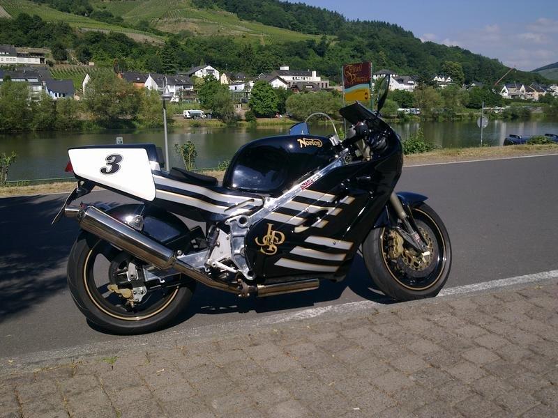 19910211mw.jpg